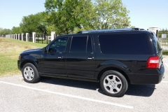 Houston Ford SUV limo side