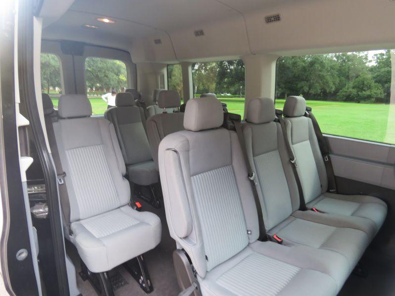 Luxury Car Rental Houston >> Houston Van Rental, Van Transportation - Royal Limo and Town Car