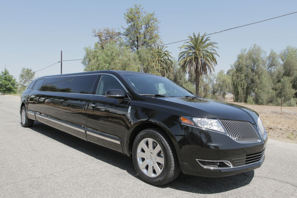 Houston Limo Service In Houston Tx Royal Limo And Town Car