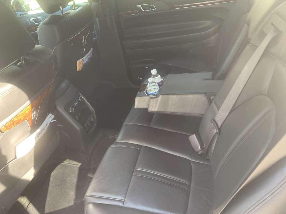 lincoln mkt sedan rear seat