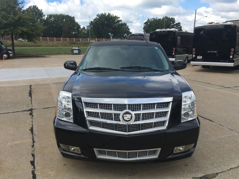 Cadilac Escalade Stretch Front
